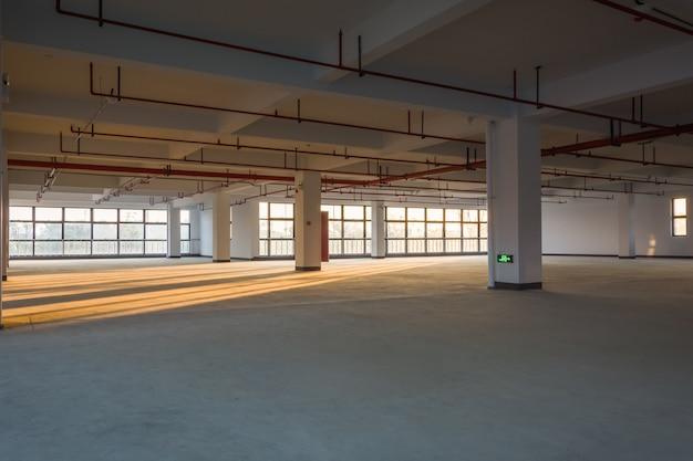 建物内の空の部屋