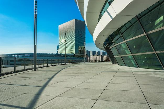 Путь в современном городе