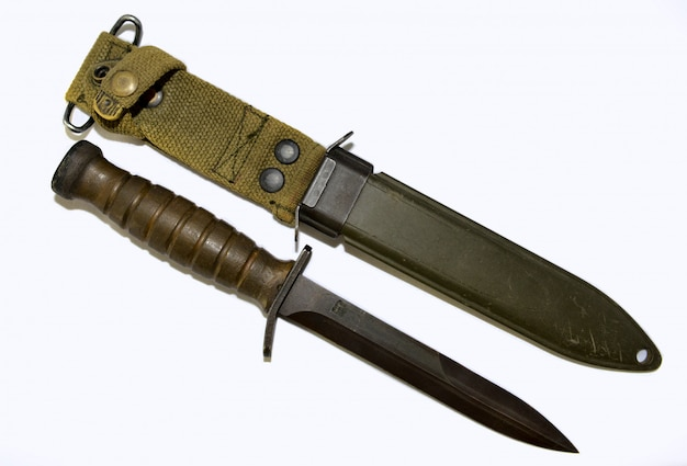 コンバットナイフ
