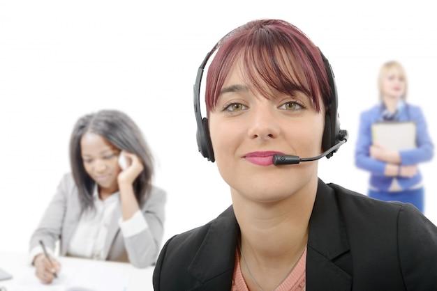 Красивая женщина обслуживания бизнес-клиентов
