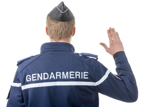 フランスの警官の背面図