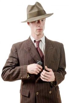 拳銃とスーツのギャング