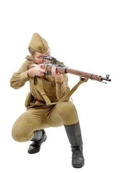 Русская девушка-солдат