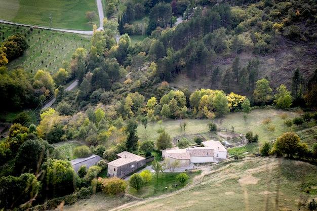 山の村、アルプス、フランス