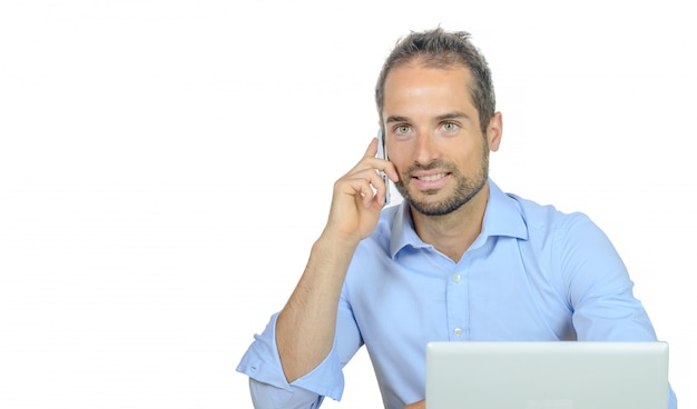 Молодой предприниматель по телефону