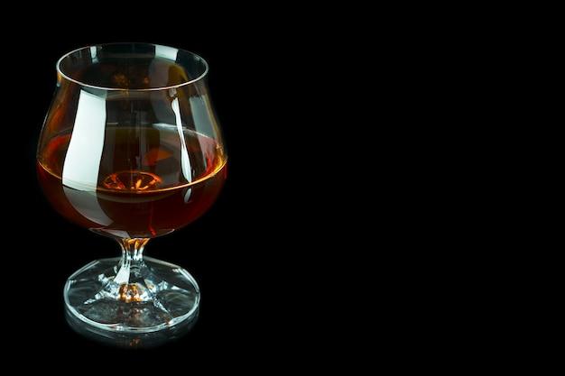 暗闇の中でスコッチドリンク