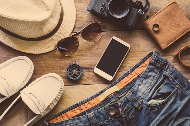 旅行衣類アクセサリー旅行に沿って