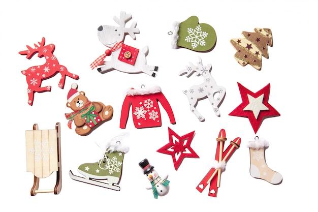 分離された手作りのクリスマスの装飾のセット