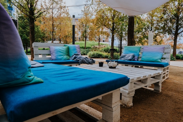 秋のヨーロッパ広場の休憩ゾーン