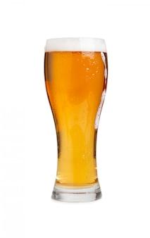 分離されたドラフトビールのグラス