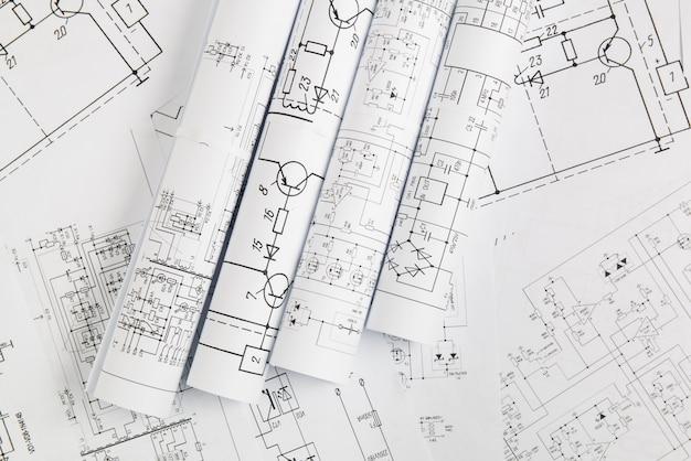 電気回路の印刷された設計図。