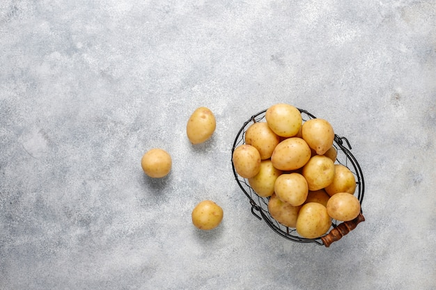有機白い赤ちゃんジャガイモ、トップビュー