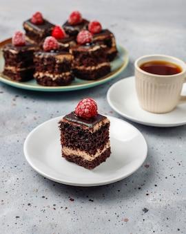 おいしい自家製ミニチョコレートケーキ、トップビュー