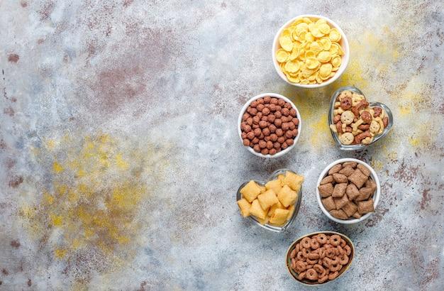さまざまな朝食用シリアル、上面図