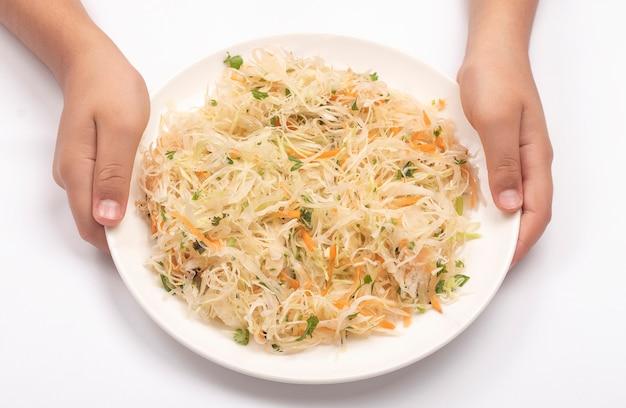 Серебряный салат на белом