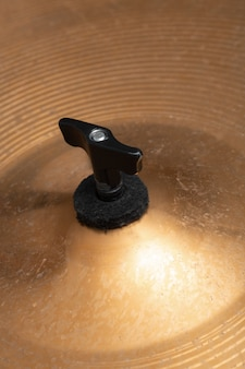 Крупный план тарелок музыкальных инструментов. музыкальный инструмент
