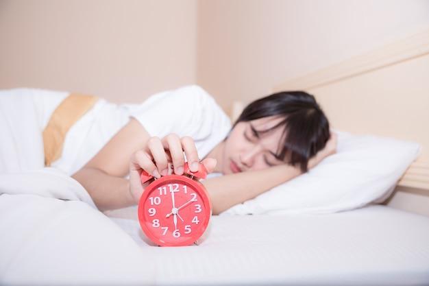 朝でもベッドでの勤勉は成功の秘訣です