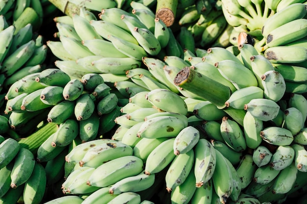 Банан на рынке