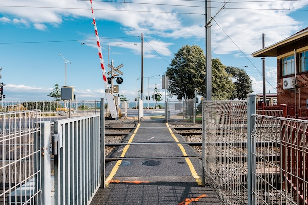歩道と鉄道
