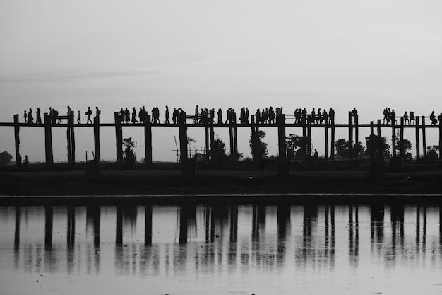マンダレーの木製の橋