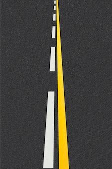 Линии движения на фоне дорог с твердым покрытием