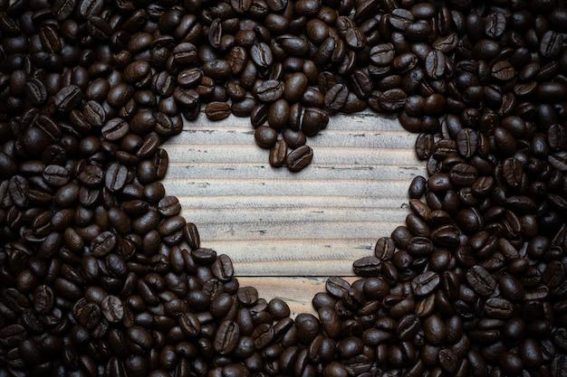 Кофе в зернах фона.