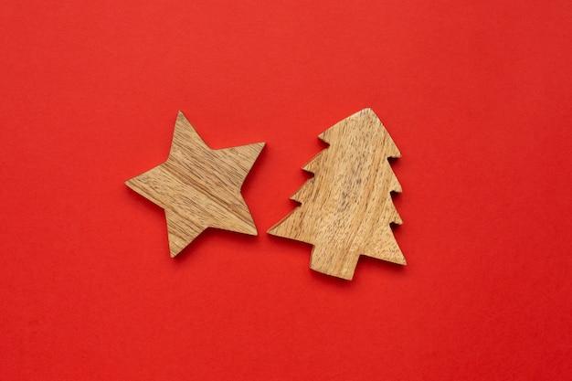 クリスマスツリーの木製装飾スター