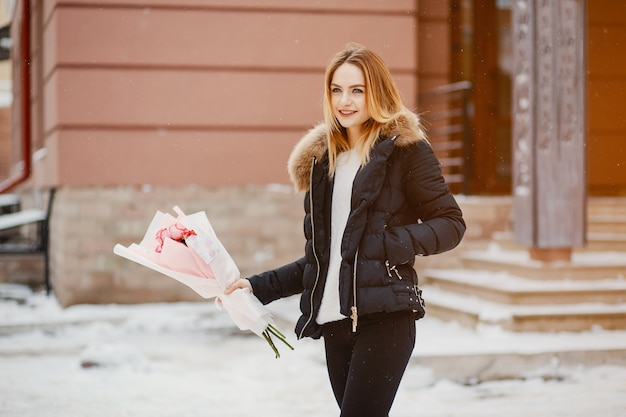 冬の街の女の子