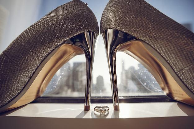 エレガントな結婚式の靴