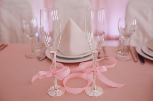 結婚式のために装飾された表