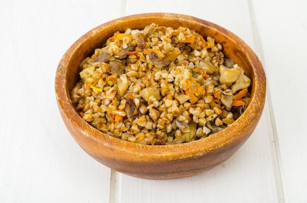 キノコの煮込みと野菜のソバのお粥