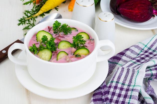 きゅうり入り冷菜スープ