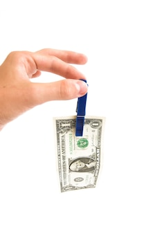 Рука с зажимом банкноты