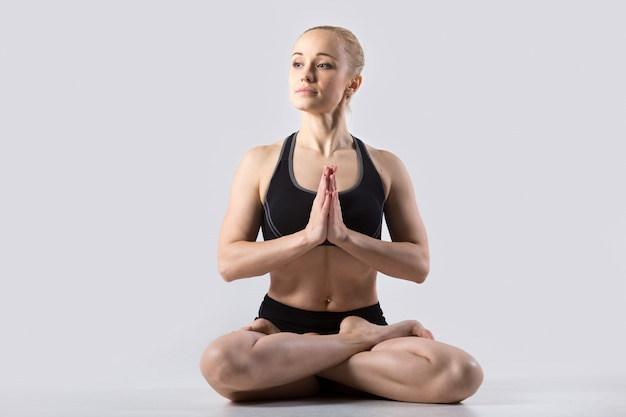 Поза падмасана-йоги