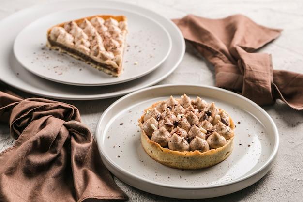 Легкий воздушный десерт из фундука и соболя