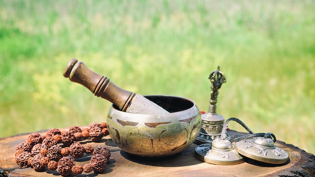 青銅チベット歌ボウル