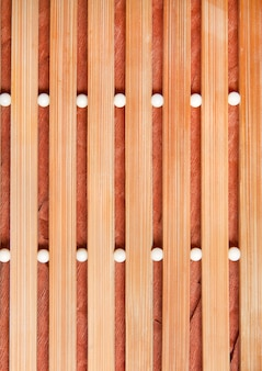 ベージュの木製マット