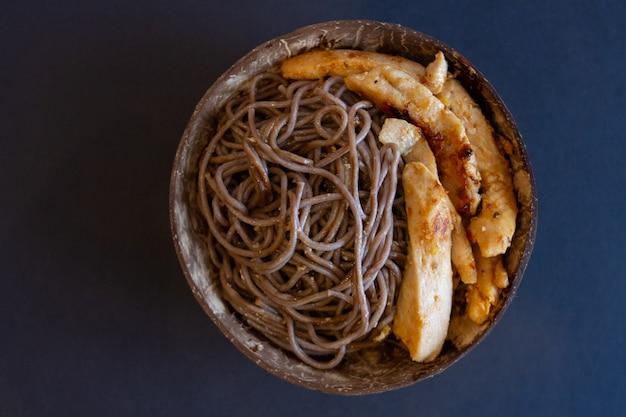 フライドチキンと麺