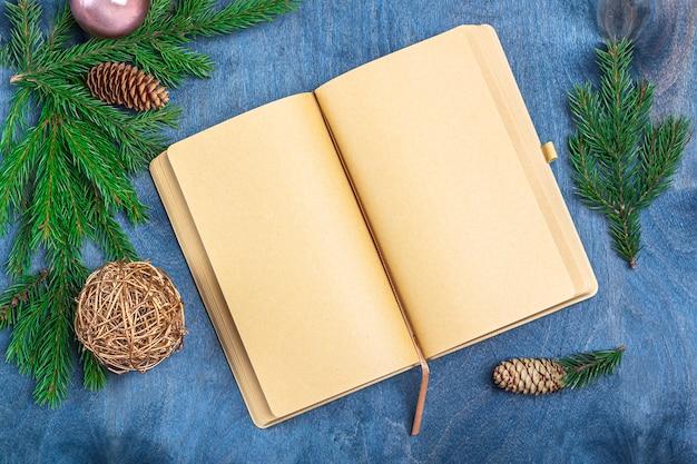 目標やサンタクロースへの手紙を書くのクリスマスコンセプト