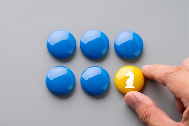 Бизнес и стратегия красочная головоломка