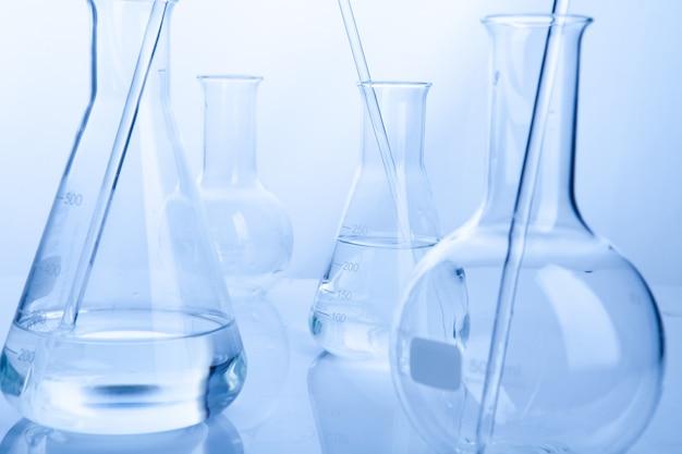 化学コンセプトのラボラボチューブ