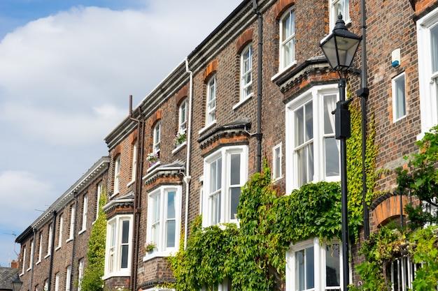 Типичное здание в английском и британском стиле, великобритания