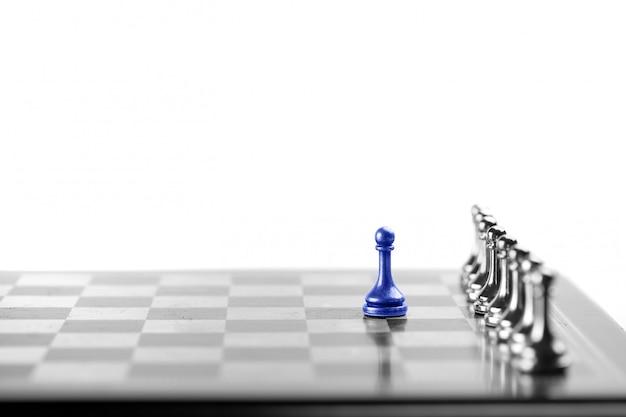 Шахматная бизнес-концепция, лидер и успех