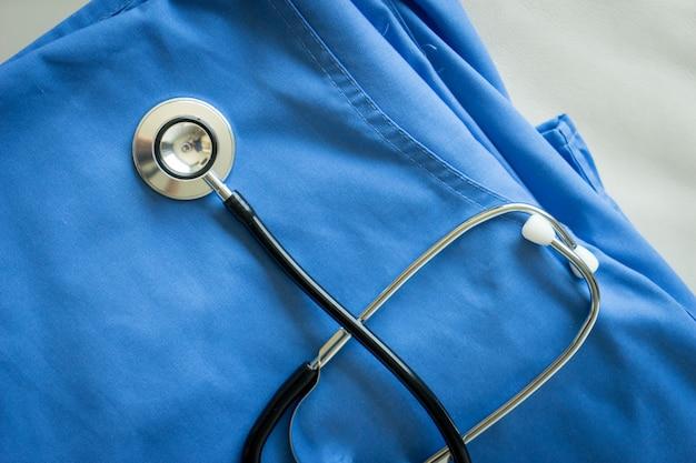 ナース&ドクターコート背景に聴診器