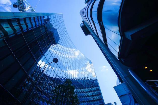 Аннотация бизнес офисное здание в лондоне