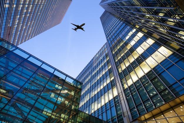 Лондонское офисное здание городской пейзаж для бизнеса