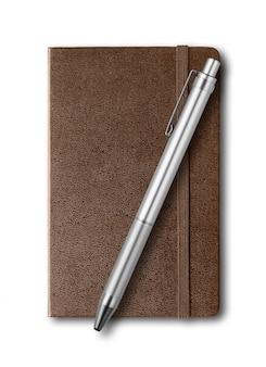 Блокнот и ручка из темной кожи