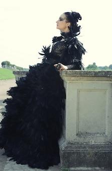 公園の暗い女王