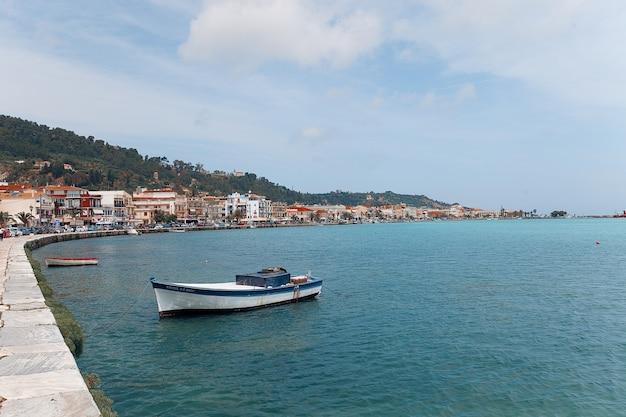 ザンテの町の漁船