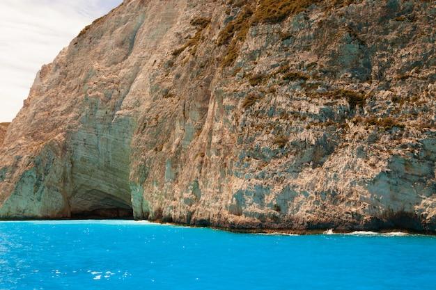 ザキントス島、ギリシャのナヴァイオビーチ